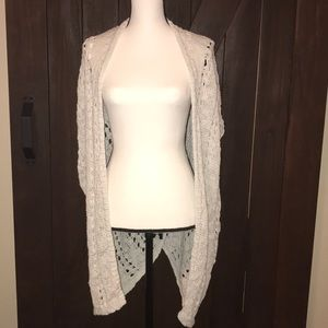 American Eagle knitted sleeveless sweater